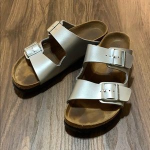 Birkenstock Arizona - Silver - Women's Size 10